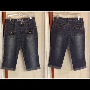 Womens/Juniors Blue Denim Rave 4 Real Capri jeans